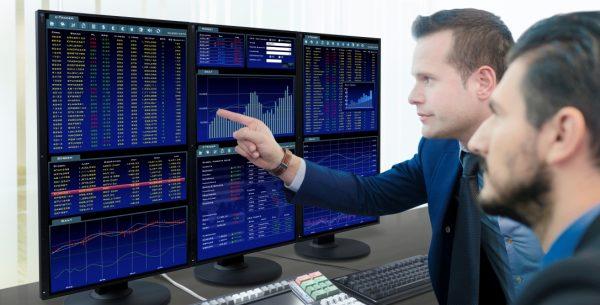 Monitory do zastosowania w centrach finansowo-operacyjne